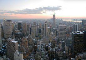 The modern global city. Photo by Daniel Scwen (By Daniel Schwen (CC-BY-SA-2.5) via Wikimedia Commons.