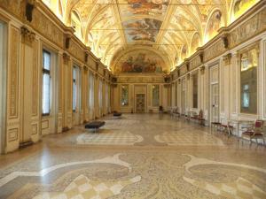 Sala dello Specchio, Palazzo Gonzaga, Mantua